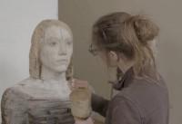 Atelierbesuch bei Laura Eckert: Sommergast in den Museen Böttcherstraße