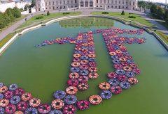 """Ai Weiwei's """"F Lotus"""" – 21er Haus"""