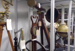 Ein Blick ins Depot Wissenschaftliche Instrumente und Medizingeschichte