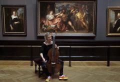 Pia Pircher – Musikerin macht Bilder mit Klängen erlebbar