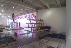 """Kunsthalle Bremen – """"Jason Rhoades, Four Roads"""" Zeitraffer Ausstellungsaufbau"""