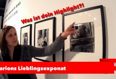 Zeppelin Museum Friedrichshafen – Marion Eckstein mit ihrem Lieblingsexponat