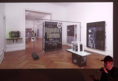 Kunsthalle Wien: Simon Denny – The Innovator's Dilemma – Politischer Populismus