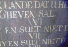Kuratorin auf Reisen: 10 Gebote Tafel in Uphusen – Germanisches National Museum