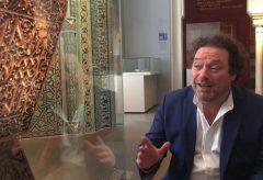 Stefan Weber allein im Museum für Islamische Kunst